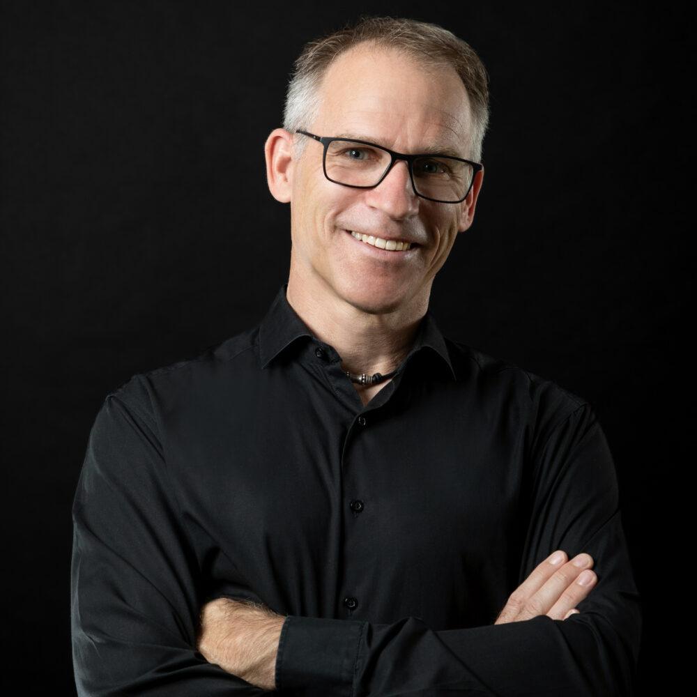 Professor Thomas Juli