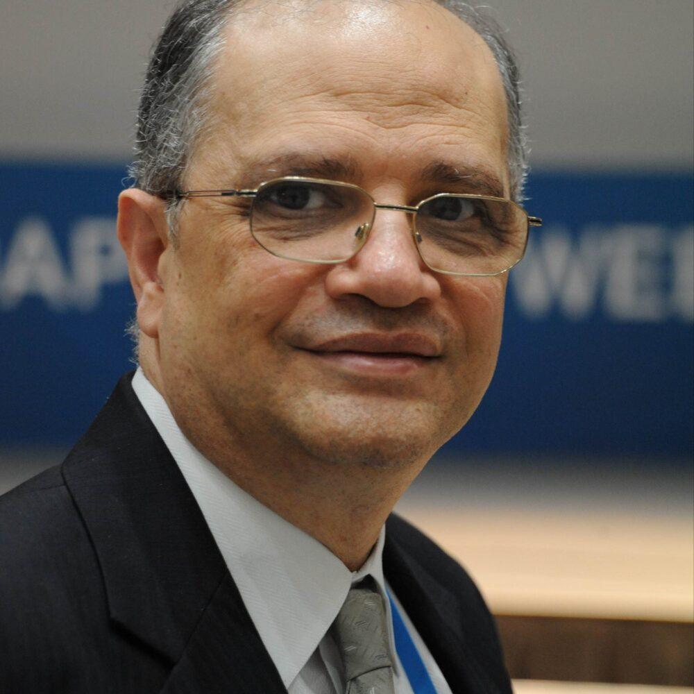 Dr Youssef Nassef